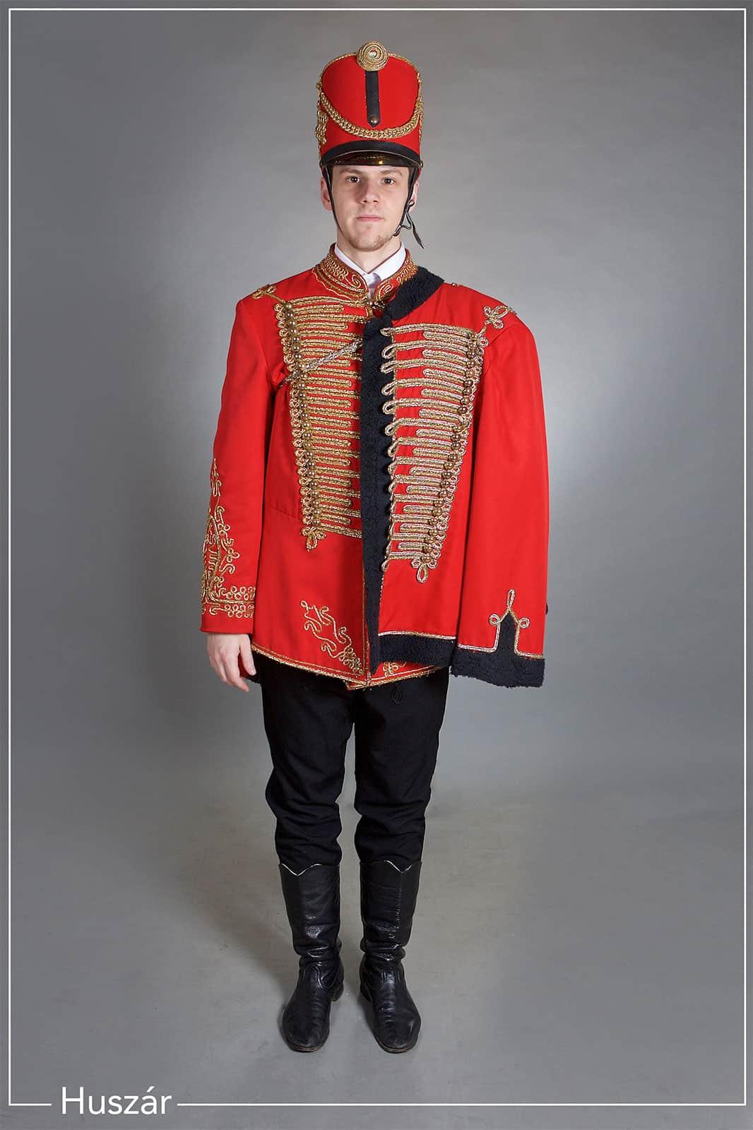 Huszár öltözet
